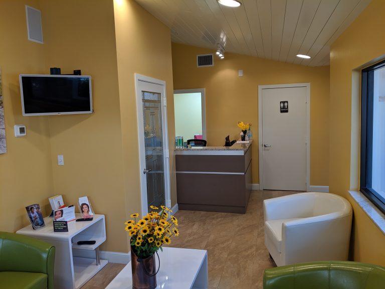 kiwan-dentistry-front-room